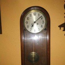 Relojes de pared: RELOJ ANTIGUO KIENZLE. Lote 184655097
