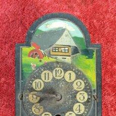 Orologi da parete: RELOJ DE PARED. RATERA EN MINIATURA. FRONTAL DE MADERA. SIGLO XIX-XX.. Lote 186286472