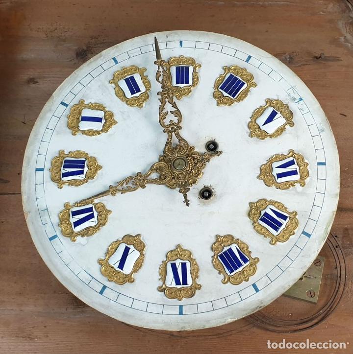 Relojes de pared: RELOJ ESTILO ISABELINO. MAQUINARIA FRANCESA. ESFERA DE ALABASTRO. SIGLO XIX. - Foto 2 - 186319543