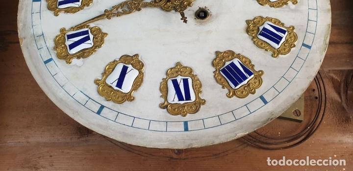 Relojes de pared: RELOJ ESTILO ISABELINO. MAQUINARIA FRANCESA. ESFERA DE ALABASTRO. SIGLO XIX. - Foto 3 - 186319543