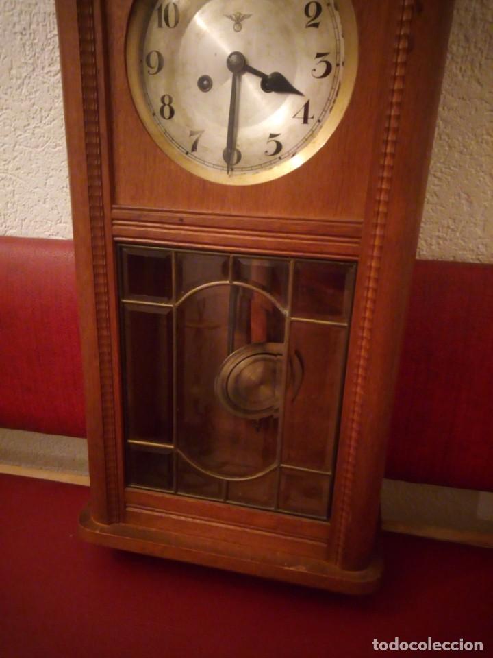 Relojes de pared: antiguo reloj carga manual fms alemania,funcionando con su llave original,puerta con vidriera - Foto 2 - 189141605