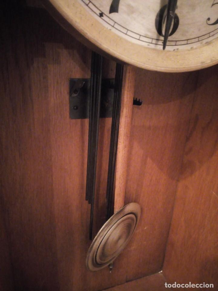 Relojes de pared: antiguo reloj carga manual fms alemania,funcionando con su llave original,puerta con vidriera - Foto 6 - 189141605
