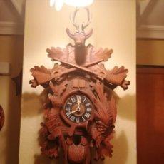 Relojes de pared: RELOJ CUCU-CUCO MUY GRANDE MUSICAL DE DOS PUERTAS MECÁNICO Y FUNCIONAL.MADE IN GERMANY.SELVA NEGRA.. Lote 190486945
