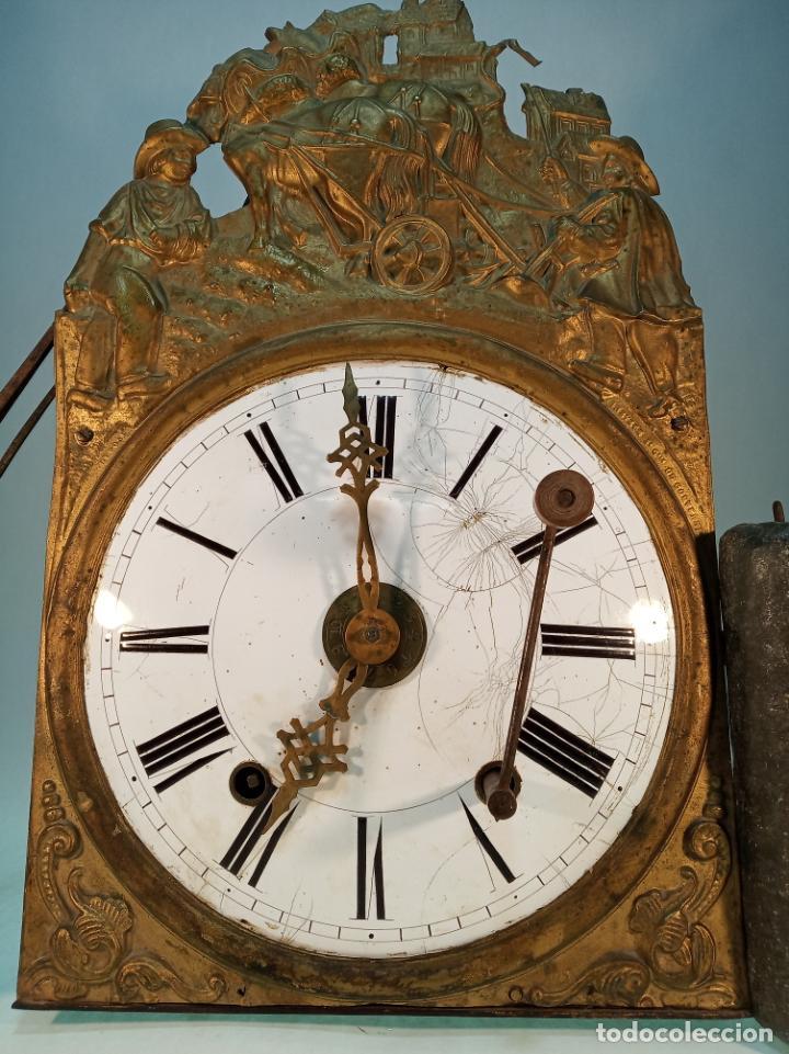 Relojes de pared: Reloj Morez de pared. Péndulo de tijera plegable y grandes pesas de plomo macizas, incluye llave. - Foto 2 - 190936223
