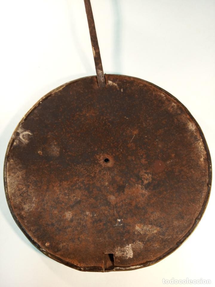 Relojes de pared: Reloj Morez de pared. Péndulo de tijera plegable y grandes pesas de plomo macizas, incluye llave. - Foto 11 - 190936223