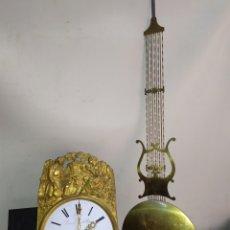 Relojes de pared: PRECIOSO RELOJ MOREZ DE CAMPANA SIGLO XIX. Lote 191378196