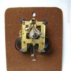 Relojes de pared: MAQUINARIA RELOJ DE PARED FUNCIONANDO. Lote 191585640
