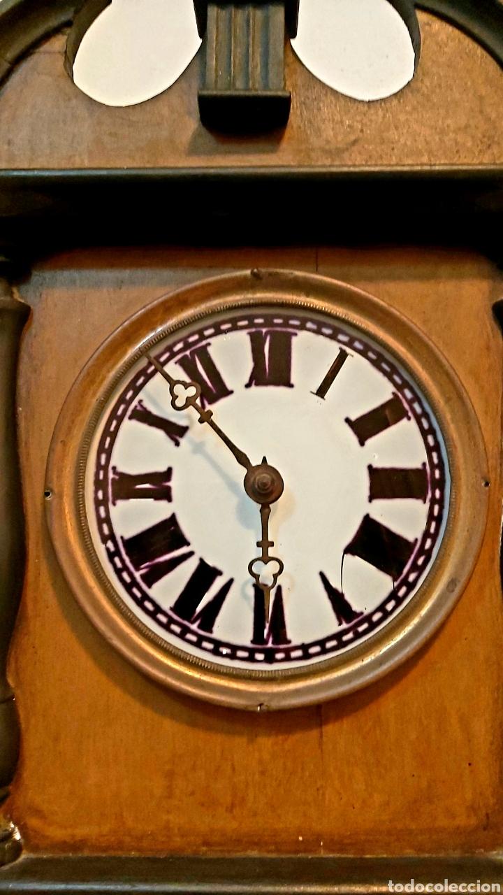Relojes de pared: RELOJ DE PARED CON PÉNDULO S.XIX - Foto 16 - 192678116