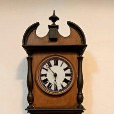 Relojes de pared: RELOJ DE PARED CON PÉNDULO S.XIX. Lote 192678116