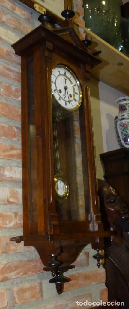 Relojes de pared: RELOJ ALFONSINO CAJA DE MADERA EN FUNCIONAMIENTO.ESFERA DE PORCELANA.PÉNDULO. CARGA MANUAL - Foto 8 - 193018405