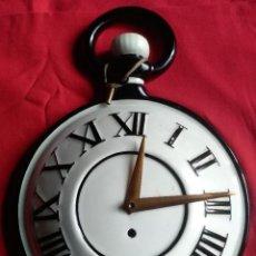 Relojes de pared: RELOJ PARED PORCELANA VINTAGE. Lote 193293533