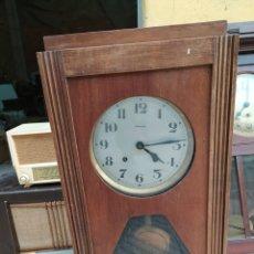 Relojes de pared: ANTIGUO RELOJ DE PARED VEDETTE FUNCIONANDO. Lote 194213588