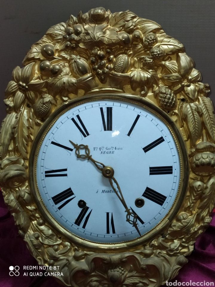 INCREÍBLE RELOJ DORADO (Relojes - Pared Carga Manual)