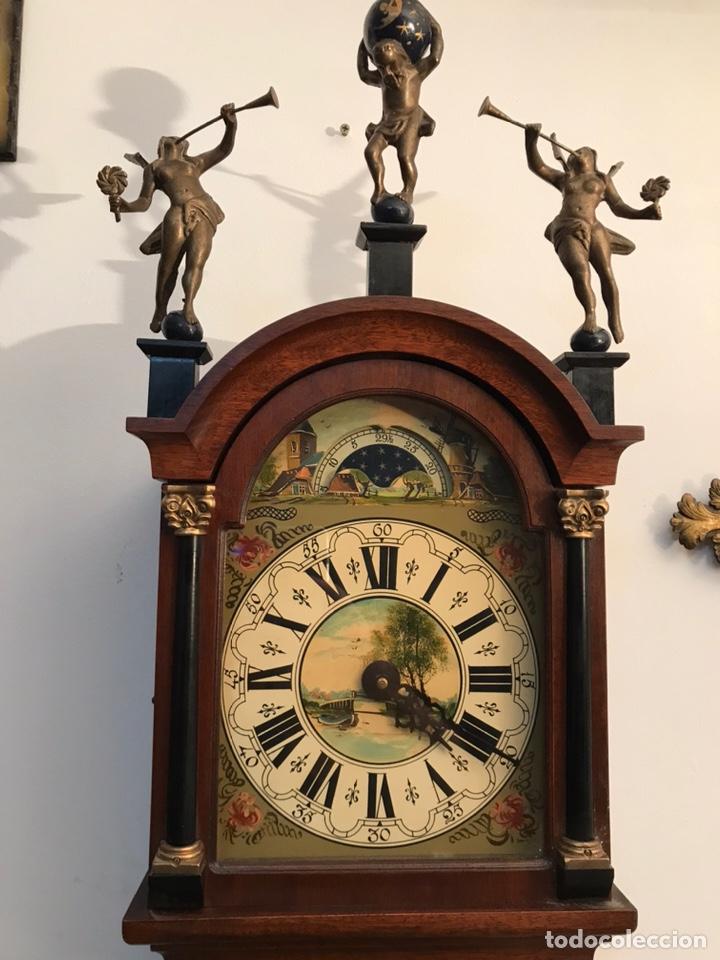 Relojes de pared: Raro reloj holandés Wuba con fases lunares y tres pesas. - Foto 2 - 194235171
