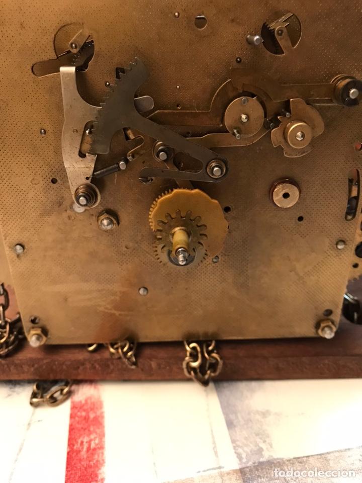 Relojes de pared: Raro reloj holandés Wuba con fases lunares y tres pesas. - Foto 12 - 194235171