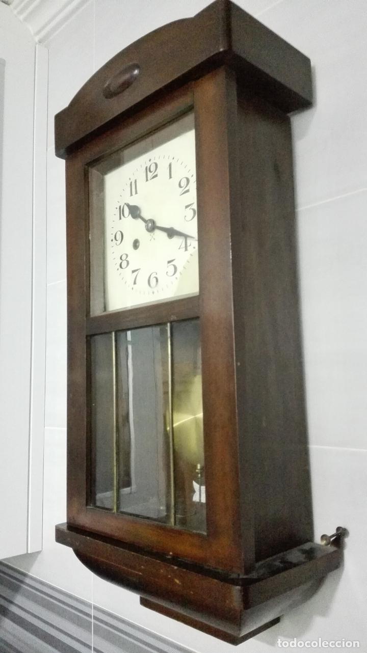 Relojes de pared: RELOJ PARED DE MADERA, A CUERDA, CON PENDULO, MEDIDA 60 X 28 X 15 CM - Foto 3 - 194326427
