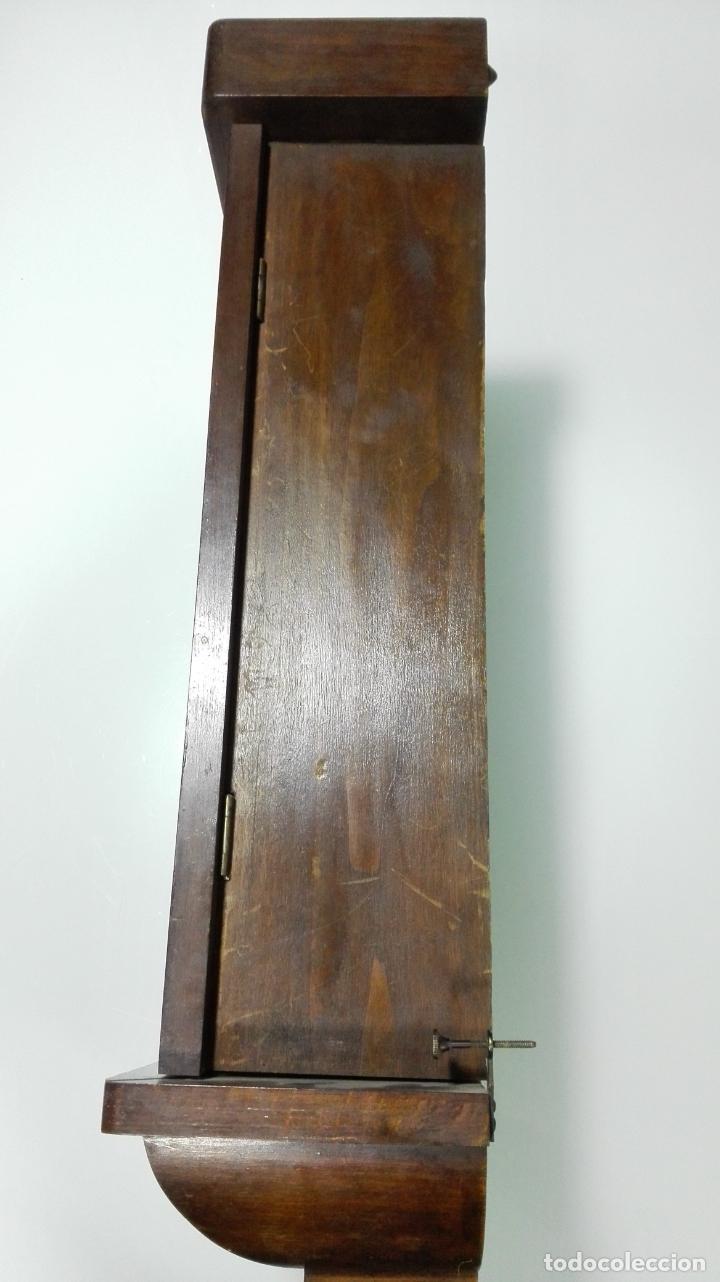 Relojes de pared: RELOJ PARED DE MADERA, A CUERDA, CON PENDULO, MEDIDA 60 X 28 X 15 CM - Foto 8 - 194326427