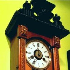 Relojes de pared: RELOJ DE PARED 60X23 CM PENDULO R=A ESFERA DE 11 CM. Lote 194405947