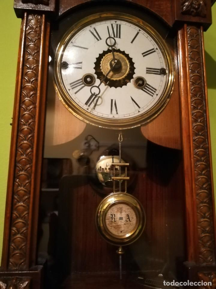 Relojes de pared: RELOJ DE PARED 60x23 cm pendulo R=A ESFERA DE 11 CM - Foto 3 - 194405947