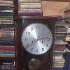 Relojes de pared: RELOJ DE PARED FUNCIÓNA. Lote 194612878