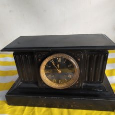 Relojes de pared: ANTIGUO RELOJ FRANCÉS MÁRMOL NEGRO ESFERA NEGRA SIGLO XIX. Lote 194649625