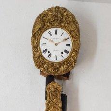Relojes de pared: RELOJ MOREZ ANTIGUO DE CAMPANA PÉNDULO REAL MUY DETALLADO BUEN ESTADO FUNCIONA ALTA COLECCIÓN . Lote 194781256