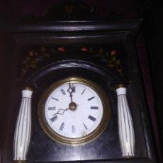 Relojes de pared: RELOJ DE RRATERA LEFALTA LAS CADENAS Y LAPENDOLA Y PESAS. Lote 195167480