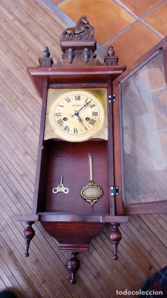 RELOJ DE PARED PÉNDULO MORES DESCONOZCO AÑO LEER (Relojes - Pared Carga Manual)