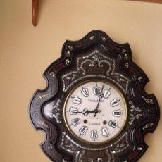 Relojes de pared: ¡¡GRAN OFERTA!!! PRECIOSO OJO BUEY MOREZ-FORMA ESCUDO- AÑO 1880-ESFERA ALABASTRO-FUNCIONA. Lote 196448031