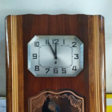 Relojes de pared: ANTIGUO RELOJ DE PARED DE CUERDA IMPECABLE. Lote 196822208
