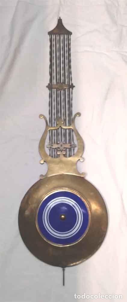 PÉNDULO DE LIRA RELOJ PARED MOREZ SIGLO XIX, COMPLETO. MED. 98 CM (Relojes - Pared Carga Manual)