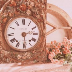 Relojes de pared: INCREÍBLE RELOJ FLORAL POLICROMADO FRANCÉS ANTIQUE UNIQUE. Lote 162953294