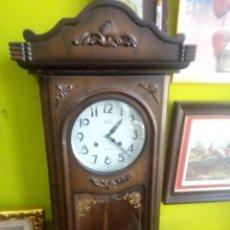 Relojes de pared: RELOJ DE PARED AÑOS 80 CON MECANISMO DE PENDULO EN MADERA. 87*34*14 CMS.. Lote 201255566