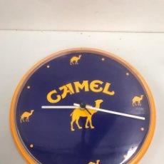 Relojes de pared: RELOJ DE PATS DE CAMEL. Lote 201358947