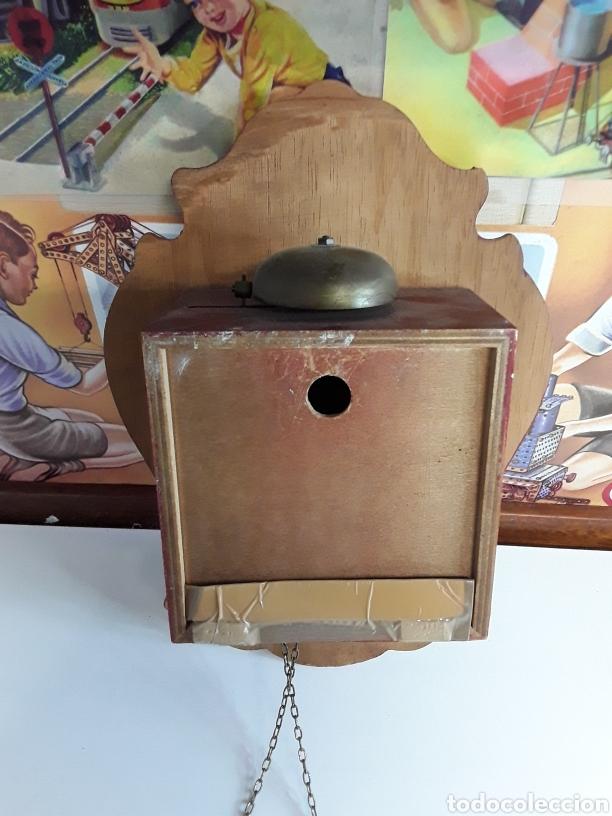 Relojes de pared: Reloj de pared en madera pintada a mano de principios de el siglo xx - Foto 4 - 203414123
