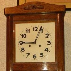 Orologi da parete: RELOJ DE PARED MEDIADOS SIGLO XX. Lote 204795548