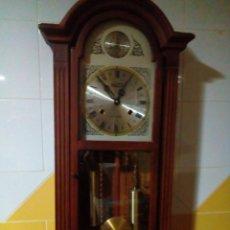 Relojes de pared: RELOJ DE PARED DE CUERDA -TEMPUS FUGIT 31 DIAS. Lote 205252808