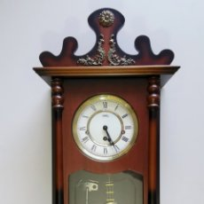 Orologi da parete: PRECIOSO RELOJ MECÁNICO SARS CON SONREÍA, GERMANY. 70 CM.. Lote 205778268