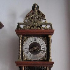 Relojes de pared: RELOJ ANTIGUO MECÁNICO DE PARED HOLANDÉS WUBA CON PESAS Y PÉNDULO FUNCIONA DA CAMPANADAS AÑOS 50/60. Lote 206270786