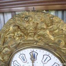 Relojes de pared: ANTIGUA MAQUINARIA MOREZ DE PESAS CON CALENDARIO- PARA RESTAURAR O PIEZAS- AÑO 1870- LOTE 268. Lote 206273923