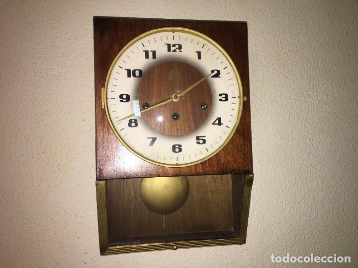 RELOJ DE PARED CARRILLON FHS ALEMANIA (Relojes - Pared Carga Manual)