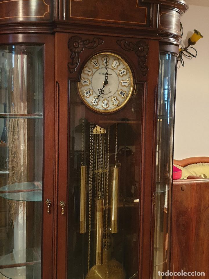 Relojes de pared: MAGNIFICO RELOJ DE PIE PENDULO CON VITRINA - Foto 3 - 209630055