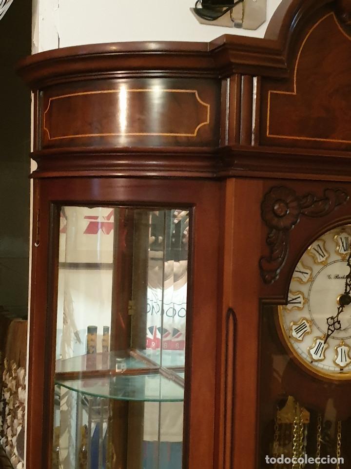 Relojes de pared: MAGNIFICO RELOJ DE PIE PENDULO CON VITRINA - Foto 12 - 209630055