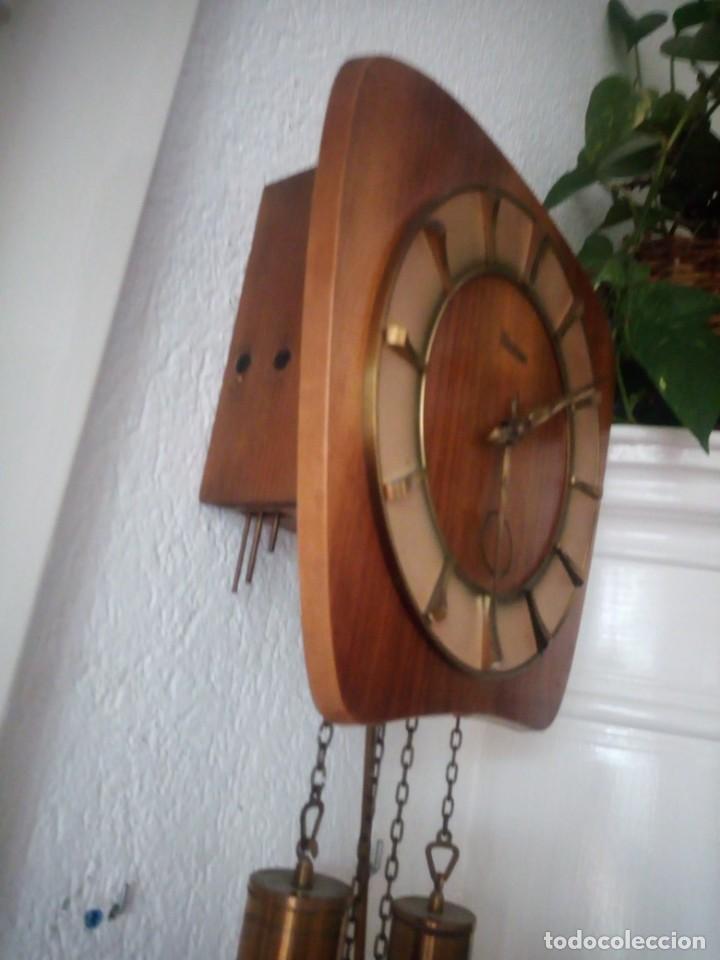 Relojes de pared: reloj de pared kieninger,con soneria,las horas y las medias.años 40/50 - Foto 9 - 211954441
