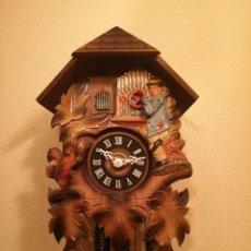Relojes de pared: RELOJ CUCU-CUCO MUSICAL CON AUTÓMATA TOCANDO EL ORGANILLO.WEST GERMANY(SELVA NEGRA).. Lote 212154186