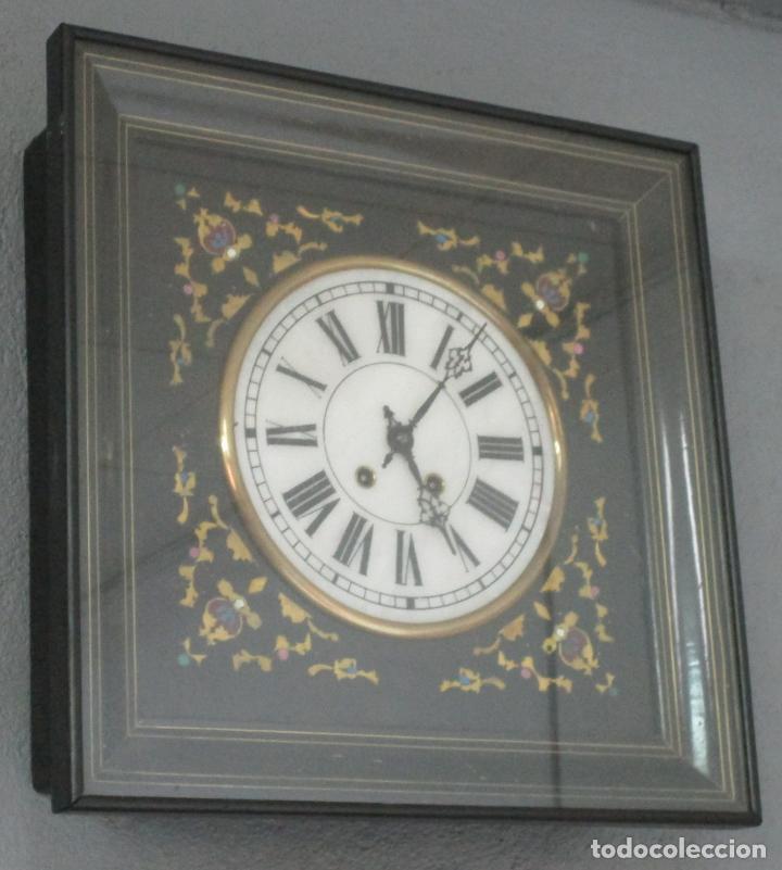 RELOJ DE PARED ISABELINO - OJO DE BUEY - CARGA MANUAL - CON LLAVE DE CUERDA - FUNCIONA - S. XIX (Relojes - Pared Carga Manual)
