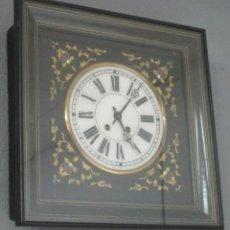Relojes de pared: RELOJ DE PARED ISABELINO - OJO DE BUEY - CARGA MANUAL - CON LLAVE DE CUERDA - FUNCIONA - S. XIX. Lote 212483616
