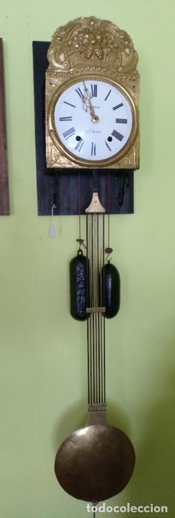 ANTIGUO RELOJ MOREZ COMTOISE FUNCIONANDO (Relojes - Pared Carga Manual)