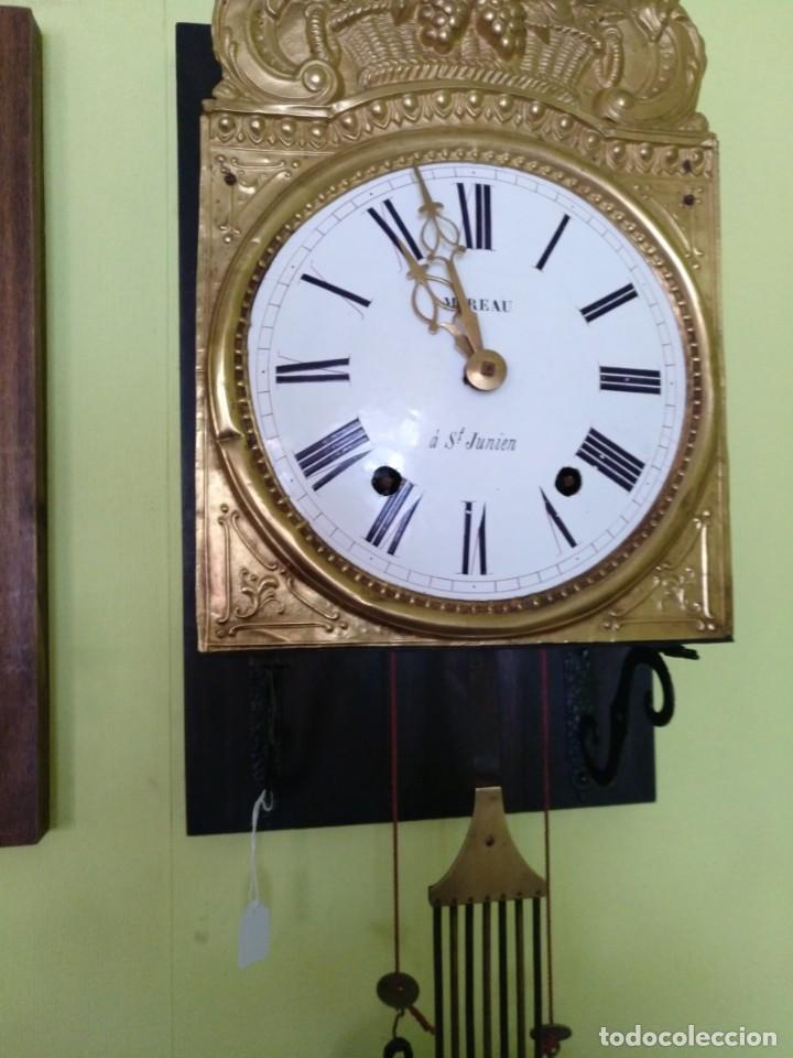 Relojes de pared: ANTIGUO RELOJ MOREZ COMTOISE FUNCIONANDO - Foto 3 - 212524625
