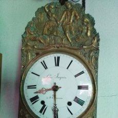 Relojes de pared: RELOJ DE MOREZ DE RUEDA CATALINA Y FUNCIONANDODO. Lote 213795848